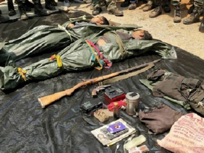 two-naxalites-were-killed-in-encounter-with-police-in-dantewada
